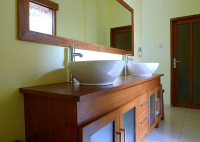 kayuputih_bathroom
