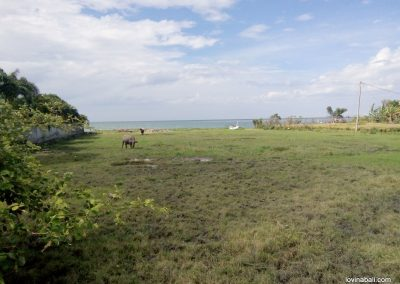 beach front land Direct access to the beach  2750 m2