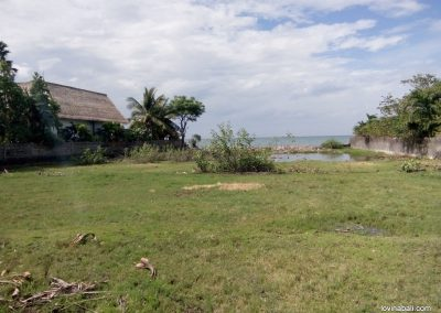 2520 M2 beach front land 15 minutes from lovina 255 000 euros