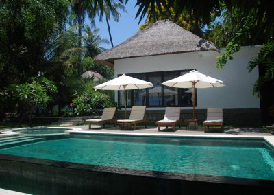 absolute Bali beachfront villa in an amazing place 300.000.- Euro (LISTING:LVP0321)