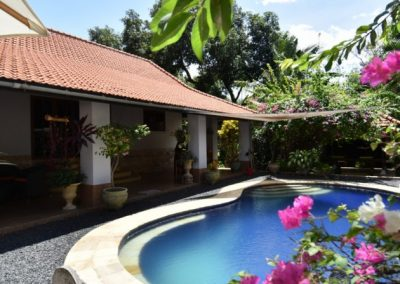 VILLAGE VILLA WITH A BEAUTIFUL TROPICAL GARDEN 185.000. – Euro (Listing ID: 199672)