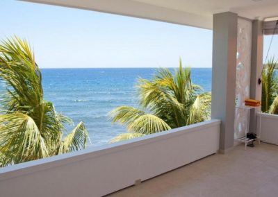 249771-beach-front-hotel-in-perfect-state-for-sale-21-794