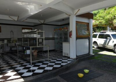 231462-hotel-for-sale-8-794